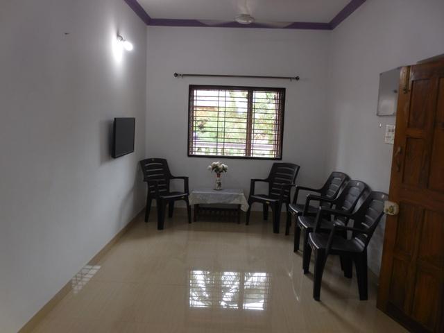 2 Bhk 100sqmt flat furnished for Rent in Pilerne, North-Goa.(25k)