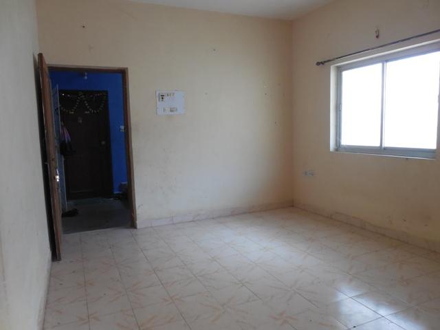 2Bhk 80sqmt flat for Sale in Porvorim, North-Goa.(42L)