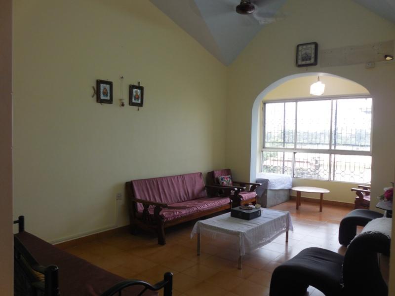 2 Bhk 87sqmt flat for Sale in Duler-Mapusa, North-Goa.(35L)