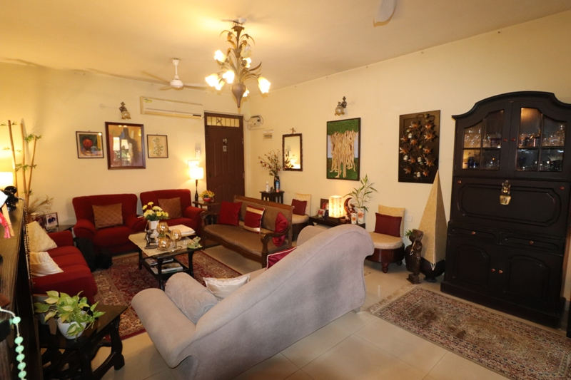 3 Bhk 138sqmt flat Semi-furnished for Sale in Caranzalem, North-Goa.(1.40Cr)