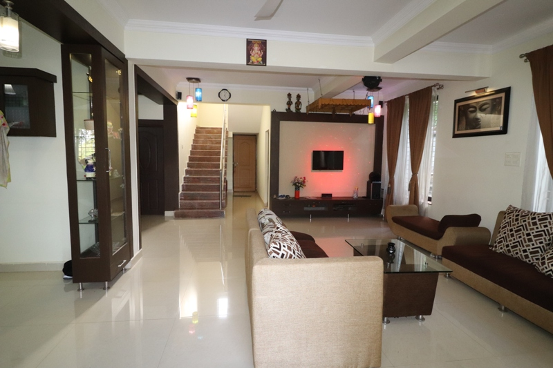 5 Bhk Independent Bungalow for Sale in Karaswada-Mapusa, North-Goa.(1.40Cr)
