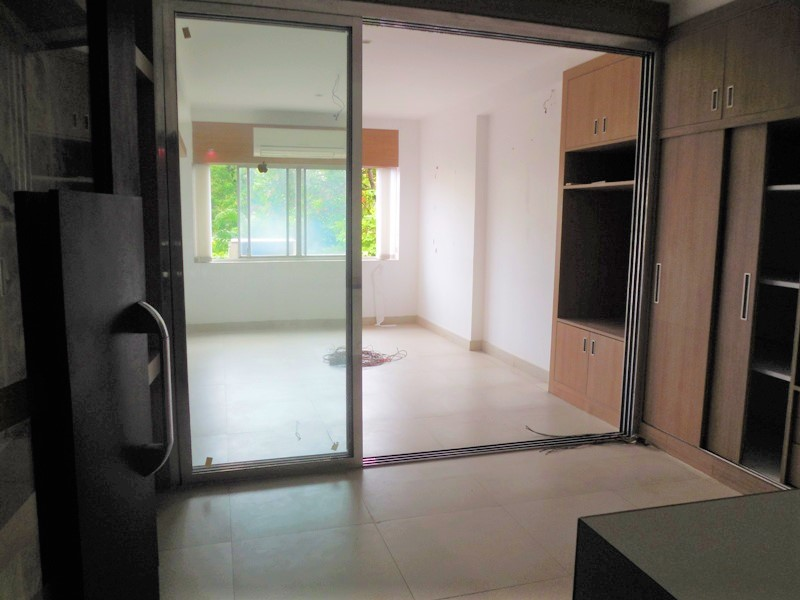 29sqmt Office Semi-furnished for Rent in Panjim, North-Goa. (18k)