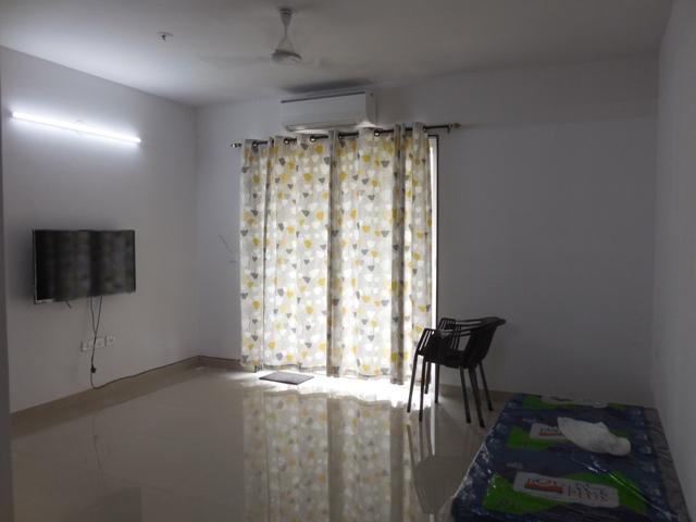 2 Bhk 121sqmt flat for Sale in Peddem-Mapusa, North-Goa.(77L)