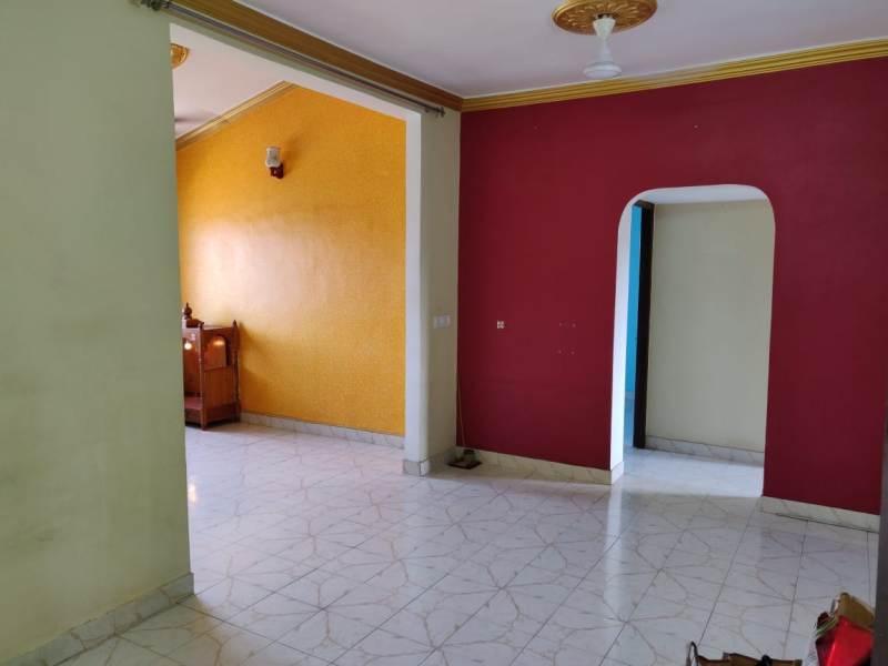 2 Bhk 88sqmt flat Semi-furnished for Sale in Peddem-Mapusa, North-Goa.(36L)