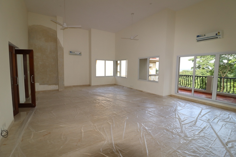 5 Bhk Villa Riverview for Sale in Kadamba plateau, Ribandar, North-Goa.(6.50Cr)
