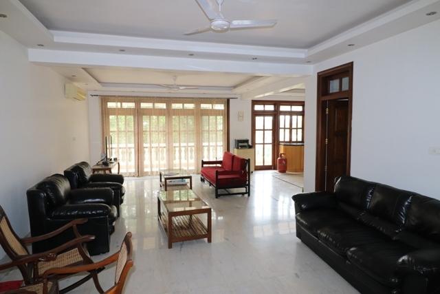 3 Bhk 352sqmt Villa furnished for Sale in Candolim, North-Goa.(3Cr)