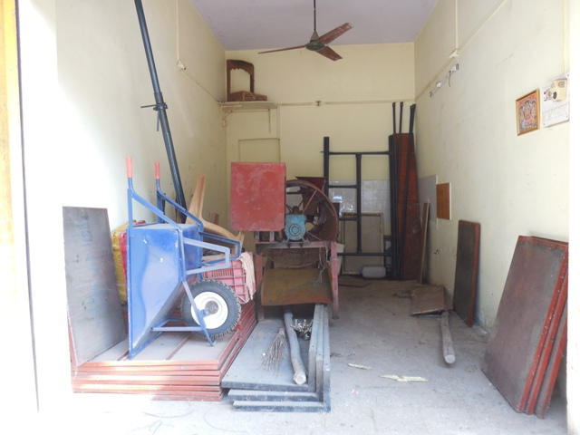 Shop 19sqmt Single height for Rent in Betim, North-Goa.(10k)