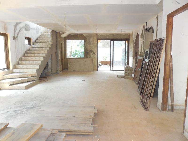 4 Bhk Villa brand new for Sale in Nagoa-Arpora, North-Goa.(3.75Cr)
