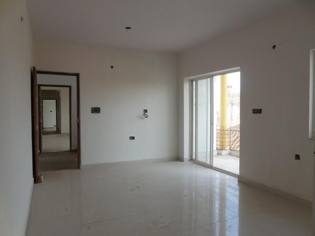 2 Bhk 104sqmt.flat brand new for Sale in Karaswada-Mapusa, North-Goa.(46.80L)