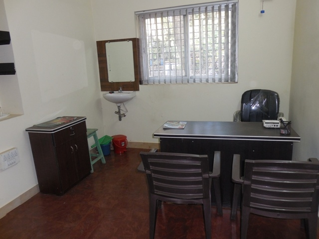 Office 18sqmt. Unfurnished for Rent in Mapusa, North-Goa.(9k)