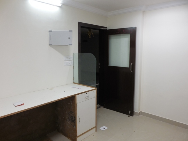 Office premises 39sqmt for Rent in Patto-Panjim, North-Goa (27k)