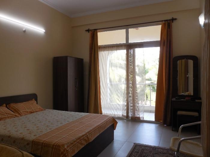 2 Bhk 78sqmt flat furnished for Sale in Candolim, North-Goa.(90L)