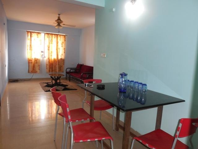 2 Bhk 99sqmt flat with Terrace for Rent in Porvorim, North-Goa.(17k)
