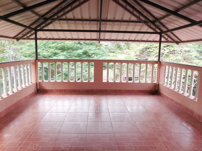 5 Bhk Independent Bungalow furnished for Sale in Pomburpa, North-Goa.(2.50Cr)