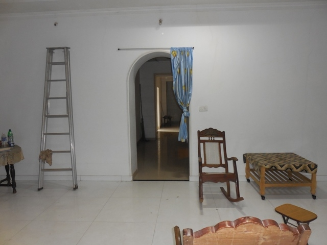 4Bhk Portuguese House Semi-furnished for Rent in Parra, Mapusa, North-Goa. (1.25L)