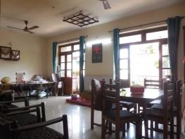 3 Bhk 160sqmt flat Semi-furnished for Sale…